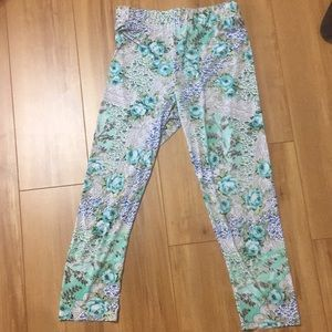 Boutique floral leggings like new
